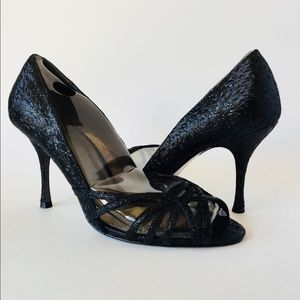 Brand new glamorous Adrianna Papell Fallon pumps